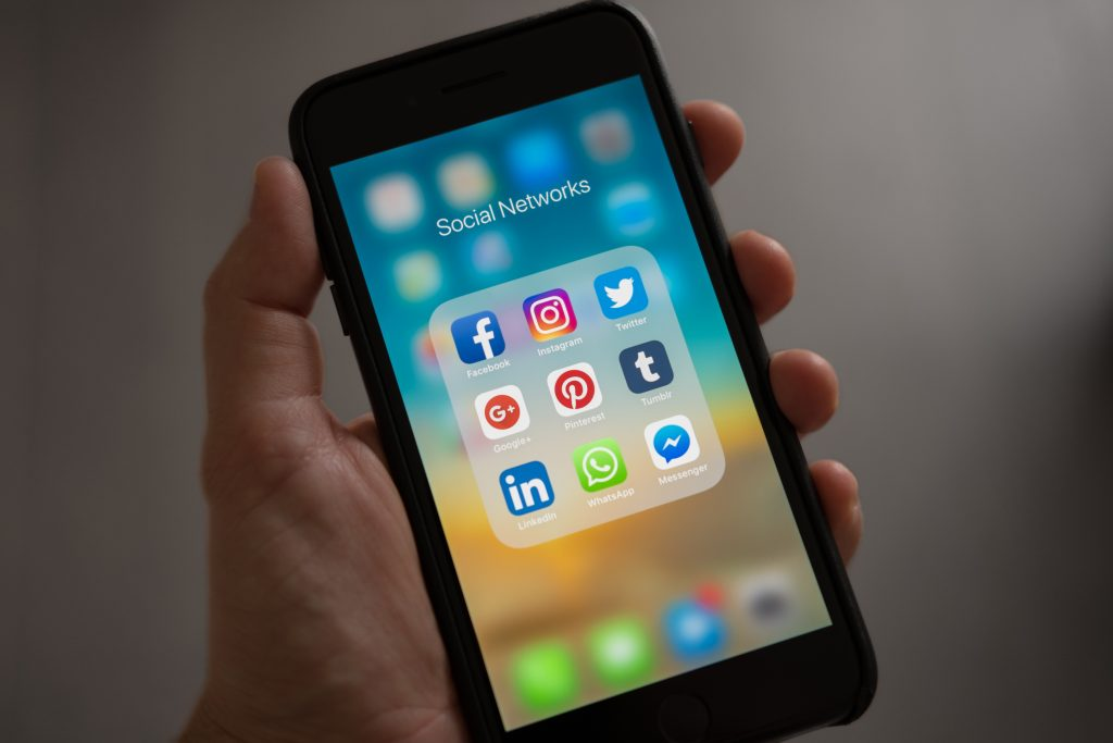 Using Social Media for Professional Networking. Contact FNU at 305-821-3333 for more information today!
