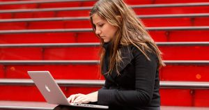 8 Reasons to Start Studying Online Now