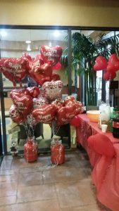 Heart balloon display