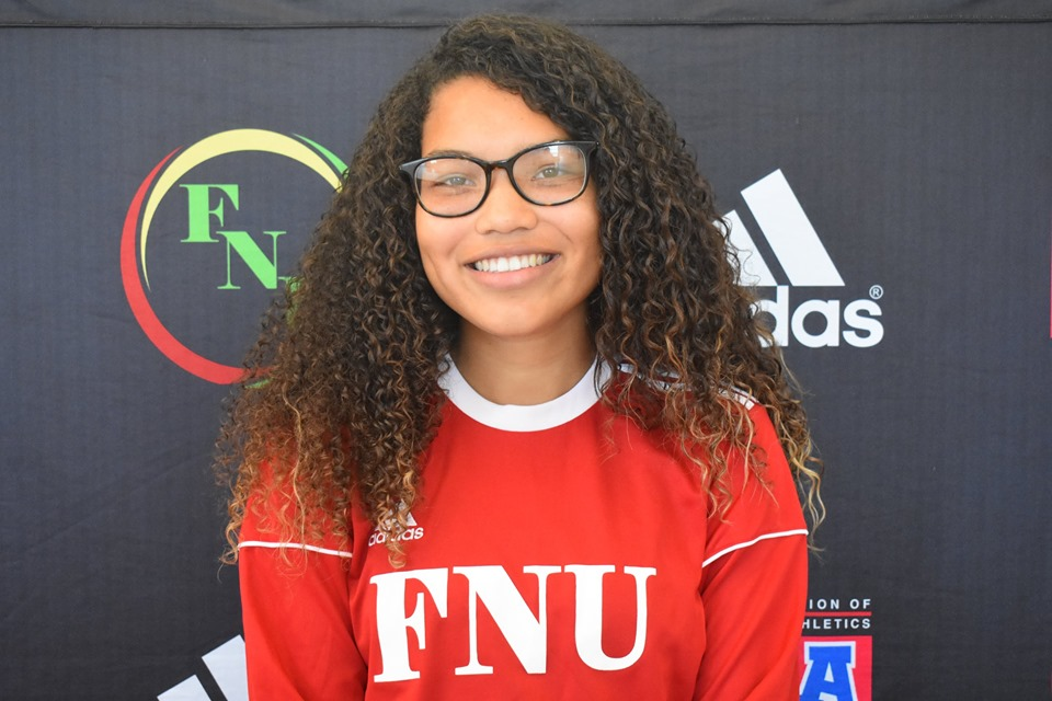 FNU Women's soccer player Dominique Mosley