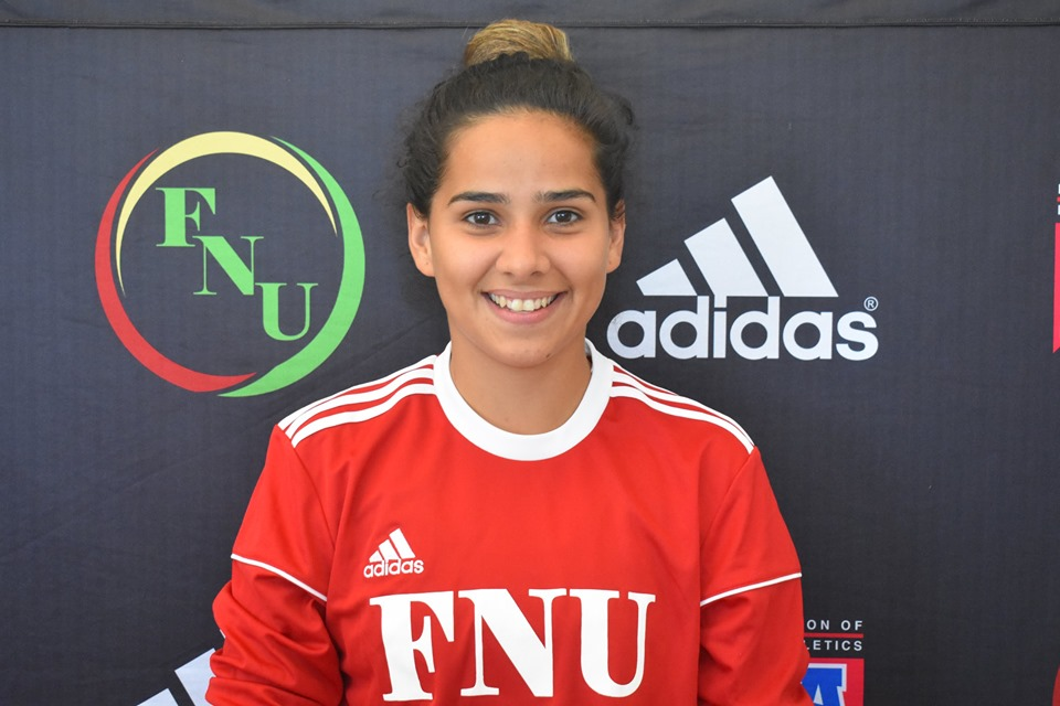 FNU Women's soccer player Victoria Parades