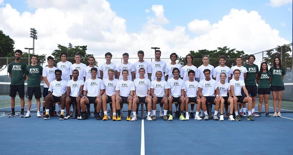 Men's tennis team picture